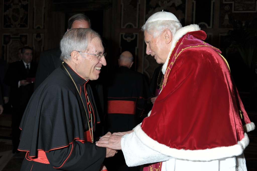 El Cardenal Rouco Varela se despide de Benedicto XVI.